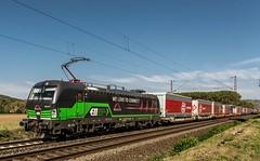 055_2018_09_28_Retzbach-Zellingen_6193_277_ELOC_TXLOGISTIK_mit_KV ➡️ Würzburg (ruhrpott.sprinter) Tags: ruhrpott sprinter deutschland germany allmangne nrw ruhrgebiet gelsenkirchen lokomotive locomotives eisenbahn railroad rail zug train reisezug passenger güter cargo freight fret retzbachzellingen bayern unterfranken mainspessart brll byb db dbcsc dispo egp eloc hctor lm loc meg mt nesa öbb pkpc rhc rpool rtb sbbcargo slg setg xrail 0425 1016 1116 1211 1293 3364 5370 6139 6143 6145 6152 6155 6182 6185 6186 6187 6193 8170 logo natur outddor graffiti