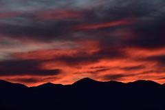 DSC_8934 (griecocathy) Tags: paysage montagne coucher soleil nuage noir orange bleu gris rose rouge