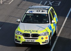 Luton Airport Police (R.K.C. Photography) Tags: police luton lutonairport bedfordshire england unitedkingdom uk ou17buo bmw policecar londonlutonairport ltn eggw canoneos100d emergencyservices 999