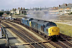 37280+37200 leaving Hereford on the 18-04-1987 (Robert Lewis(railhereford)) Tags: 37280 37200