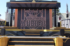 Stage (Steve Dawson.) Tags: stage disney hollywoodstudios baylake florida usa holiday starwars canoneos5dmarkii canon eos 5d markii ef28135mmf3556isusm ef28135mm f3556 is usm 6th march 2018