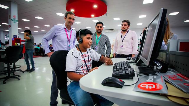 Visita de Becados a Teleperformance | NOV 2018