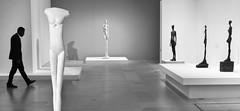 un homme qui marche (fred9210) Tags: exposition marcheur homme giacometti monochrome solitude