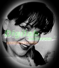 Beautiful sexy  smile (Digilab archivos—Menú a la Carta) Tags: sexy sensual latina mujer chilena chile busty naturalbignaturaltits bustybrunette woman hugewoman hugebabe xxl sexysmile smile hair cabello peinado chasquilla cuteeyes labios lips sonrisa anisselark aros maquillaje rostro blackhair milf passion fetish bignaturaltits dancer
