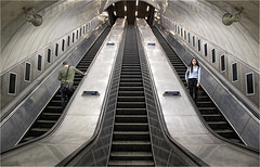 Paddington Escalator (DHHphotos) Tags: metro underground london paddington england strangers travel train escalator stairs nikon d7500