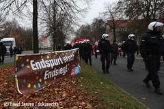 IMG_0107 (DokuRechts) Tags: npd salzgitter neonazis rechtsextremismus polizei niedersachsen nationalisten rechte aufmarsch demonstration protest jn