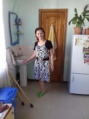 amp-1760 (vsmrn) Tags: amputee woman crutches onelegged