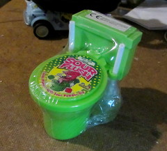 Sour Flush Candy Plunger With Sour Power Dip By Kids Mania BIP Candy And Toys UK 2018 - 8 Of 8 (Kelvin64) Tags: sour flush candy plunger with power dip by kids mania bip and toys uk 2018