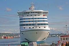 DFDS (Leifskandsen) Tags: ship boat ferry water oslo harbour oslofjorden travel voyage passengers dfds copenhagen camera canon living leifskandsen skandsenimages scandinavia skandsen sea summer