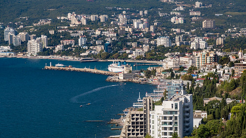 yalta-fromabove-04