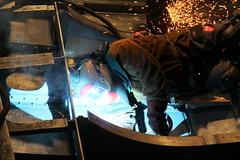 Schiff MS Spiez ( Baujahr 1901 - Bauwerft Gebrüder Sulzer - 1952 Umbau Diesel - Außerdienststellung  2007 - Ehemaliger Schraubendampfer ) in der Werfthalle Thunersee bei Thun im Berner Oberland im Kanton Bern der Schweiz (chrchr_75) Tags: christoph hurni schweiz suisse switzerland svizzera suissa swiss albumzzz201811november november 2018 chrchr chrchr75 chrigu chriguhurni chriguhurnibluemailch kantonbern kanton bern thunersee berner oberland albumthunerseemsspiez motorschiff schiff ship bateau nave schraubendampfer dampfschiff