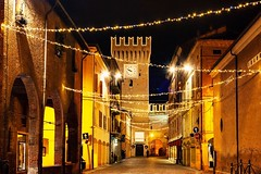 (frogghyyy) Tags: borgo notte street strada borough buildings architecture longexposure cityscape nightscape landscape nightphotography night modena italy christmaslights lights christmas xmas