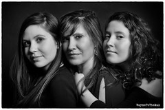 Mujeres (WayneToTheMax) Tags: black white portrait women family daughter mother nikon d750 latina latin beauty glamour