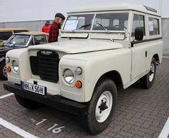 Spanish Land Rover (Schwanzus_Longus) Tags: german germany great britain british england english spain spanish old classic vintage car vehicle land rover santana 88 especial 4x4 awd 4wd offroad offroader hamburg motor classics