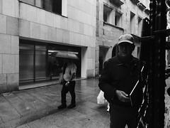 Por calles de Oviedo (marco_albcs) Tags: asturias esp espanha oviedo rocesoviedo calle street people streephotography look callejera fotografia photo photowalk