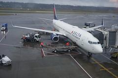 DL Boeing 737-900ER N849DN (kevincrumbs) Tags: portland northeastportland portlandinternationalairport pdx kpdx delta deltaairlines dl boeing 737 737900 737900er n849dn airliner