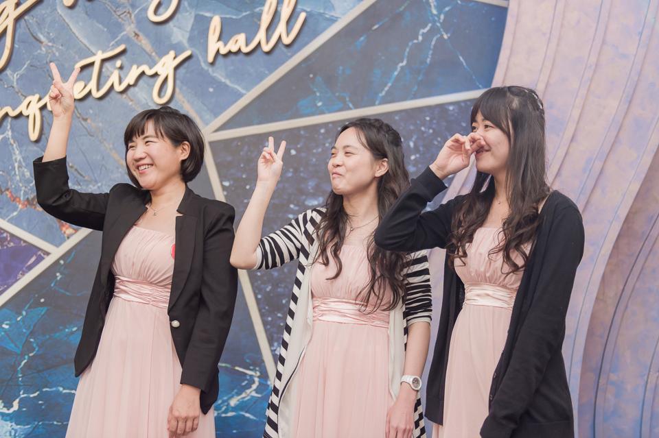 台南東東宴會式場 婚宴 走在幸福的紅毯上 R & B 149