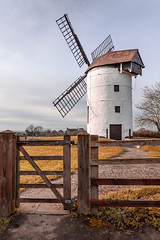 WINDMILL AUTUMN (jimstevens1953) Tags: ashtonwindmill somerset levels gb sky grass fence autumn