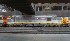 37430 Manchester Victoria (Get my anorak George) Tags: 374 englishelectric clubtrains1991 37419 37430 cwmbran manchestervictoria wallside