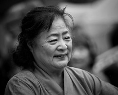her smile (gro57074@bigpond.net.au) Tags: mono monotone monochrome blackwhite bw f28 70200mmf28 nikor d850 nikon happysoul hersmile peace health fulfilled life guyclift 2018 september nsw chatswood japanesefestival graceful dance lady face portrait candid