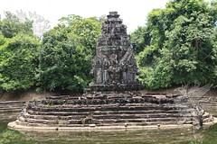 Angkor_Neak_Pean_2014_23