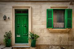 Green sixteenth (Siuloon) Tags: malta valletta architektura architecture architettura wall window door green canon tamron vacation holiday