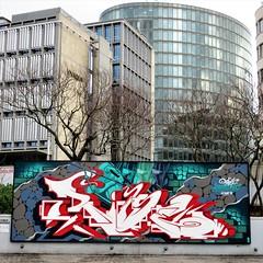 Rise / Bruxelles - 22 dec 2018 (Ferdinand 'Ferre' Feys) Tags: bxl brussels bruxelles brussel belgium belgique belgië streetart artdelarue graffitiart graffiti graff urbanart urbanarte arteurbano ferdinandfeys aerosolkings rise bestof2018be