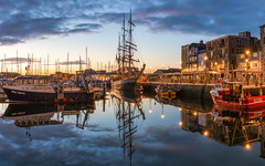 Plymouth Barbican (Rich Walker Photography) Tags: plymouth plymouthbarbican devon harbour suttonharbour kaskelot ship boats boat water reflection reflections landscape landscapes landscapephotography city cloud sunrise dawn morning canon england efs1585mmisusm eos eos80d