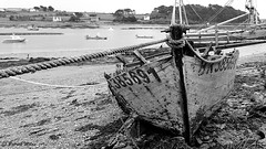 Wreck (patrick_milan) Tags: saint pabu wreck épave number bow wood rusty crusty rope sea water mer