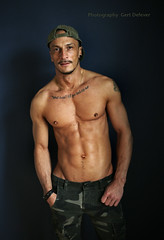 IMG_9700hh (Defever Photography) Tags: male model portrait malemodel chest fit muscular 6pack
