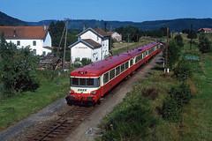 La-Houssiere_1992-07-19 (claus_pusch) Tags: eisenbahn cheminsdefer railroads vosges vogesen lothringen lorraine epinalsaintdié sncf caravelle lahoussière clauspusch