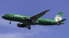 N595JB_JFK_Landing_31R_Lucky_Blue (MAB757200) Tags: jetblueairways a320232 n595jb aircraft airplane airlines airbus airport jetliner jfk kjfk landing runway31r luckyblue bostonceltics