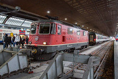 SBB Re 4/4 420 304 Zurich Hbf (daveymills37886) Tags: sbb re 44 420 304 zurich hbf 11304