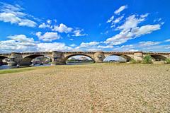 Dresden - Elbufer an der Augustusbrücke (www.nbfotos.de) Tags: dresden augustusbrücke brücke bridge elbufer elbe sachsen
