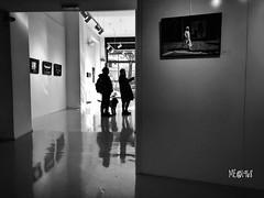Milano - Fondazione Matalon - Foro Buonaparte (iw2ijz) Tags: blackandwhite biancoenero nero bianco bw vernissage esposizione fotografare galleria italia italy lombardia milano milan forobuonaparte fondazione matalon fondazionematalon