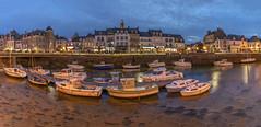 Le Croisic (Didier Ensarguex) Tags: lecroisic port 44 loireatlantique bretagne breizh canon heurebleue maréebasse didierensarguex 5dmarkiv 1635 panoramique pauselongue