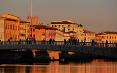 Un soir, sur les bords de l'Arno (blogspfastatt (+5.000.000 views)) Tags: blogspfastatt sunset light lumière pise pisa italie italia arno