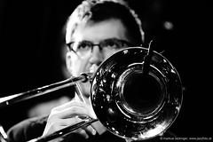 Alois Eberl: trombone, accordion (jazzfoto.at) Tags: sonyalpha sonyalpha77ii alpha77ii sonya77m2 sw bw schwarzweiss blackandwhite blackwhite noirblanc bianconero biancoenero blancoynegro zwartwit pretoebranco jazzit2018 greatjazzvenue greatjazzvenue2018 downbeatgreatjazzvenue salzburg salisburgo salzbourg salzburgo austria autriche jazzsalzburg jazzitmusikclubsalzburg jazzitmusikclub jazzclubsalzburg jazzkellersalzburg jazzclub jazzkeller wwwjazzfotoat jazzfoto jazzfotos jazzphotos markuslackinger jazzlive livejazz konzertfoto concertphoto liveinconcert blitzlos ohneblitz noflash withoutflash concert konzert concerto