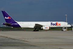 C-FMEK (FedEx - Morningstar) (Steelhead 2010) Tags: fedex federalexpress boeing b757 b757200f cargo yyz creg cfmek morningstarairexpress