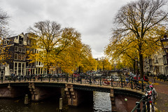 A0101156 (rpajrpaj) Tags: amsterdam nederland netherlands city cityscape autumn herfst color canals
