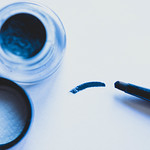 Gel eyeliner brush stroke on white backgroud thumbnail