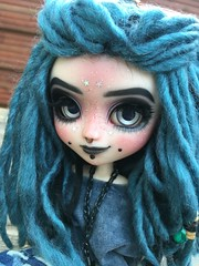 Samaëlle, FC par Naeko (Brindfoliee) Tags: pullip pullips poupee poupees doll dolls full custo custom obitsu wig laine groove jun planning naeko lyset