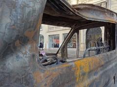 (.L.C.) Tags: paris manifestation riot avenuekleber 75016