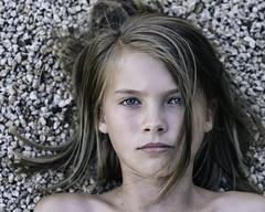 Linn (.Betina.) Tags: girl beauty betinalaplante 2018 portrait portraiture eyes hair childhood beautiful