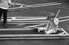 Film Test: Earhart (Leslie Lazenby) Tags: fpp filmphotographypodcast project fpp76 d76 11 filmtest developertest blufftonoh fall festival olympus om2n zuiko zoom75150
