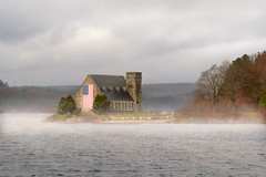 Old Stone (Chancy Rendezvous) Tags: chancyrendezvous davelawler blurgasm oldstonechurch church stone architecture mist fog reservoir flag american newengland massachusetts westboylston veteransday lawler