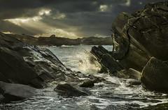 Vigdel - VJ3_7077 (Viggo Johansen) Tags: vigdel rogaland jærkysten coast coastline sunbeams darkclouds windy waves sea rocks