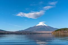 Lenticular clouds with Mt.Fuji (yamanaito) Tags: clouds lenticular kasagumo fuji fujisan fujiyama mtfuji lake yamanakako yamanashi japan