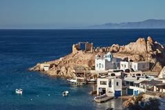 5 Islands: Milos – Firopotamos (Thomas Mülchi) Tags: cycladesislands cyclades 2016 spring islandhopping southaegean greece villagestownsbuidlings landscape firopotamos egeo gr