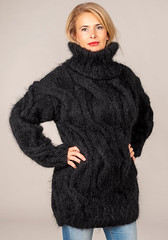 il_fullxfull.1682798922_tgr1 (ducksworth2) Tags: sweater jumper knit turtleneck poloneck bulky chunky black mohair